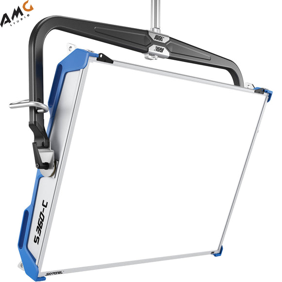 ARRI SkyPanel S360-C LED Softlight Blue/Silver, Manual, Standard Diffusion - Studio AMG