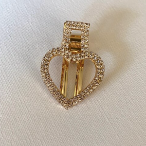 Style your hair with this beautiful heart rhinestone clip in gold. It is the perfect accessory to any outfit! Can be worn as a single clip or you can also mix and match with another favourite clip of yours!  One piece