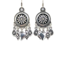 Load image into Gallery viewer, Crystal Heart Earrings