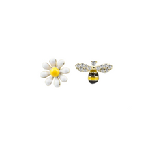 Load image into Gallery viewer, These 925 sterling silver bee and daisy studs are so cute and trendy. Perfect and fun to wear with any outfit!  Hypoallergenic, lead and nickel free  Flower: 7mm; Bee: 6mmx9mm