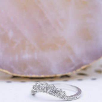 Cubic Zirconia Curved Crown Ring