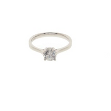 Load image into Gallery viewer, Classic Solitaire Ring