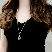 Load image into Gallery viewer, Glitter Ball Necklace