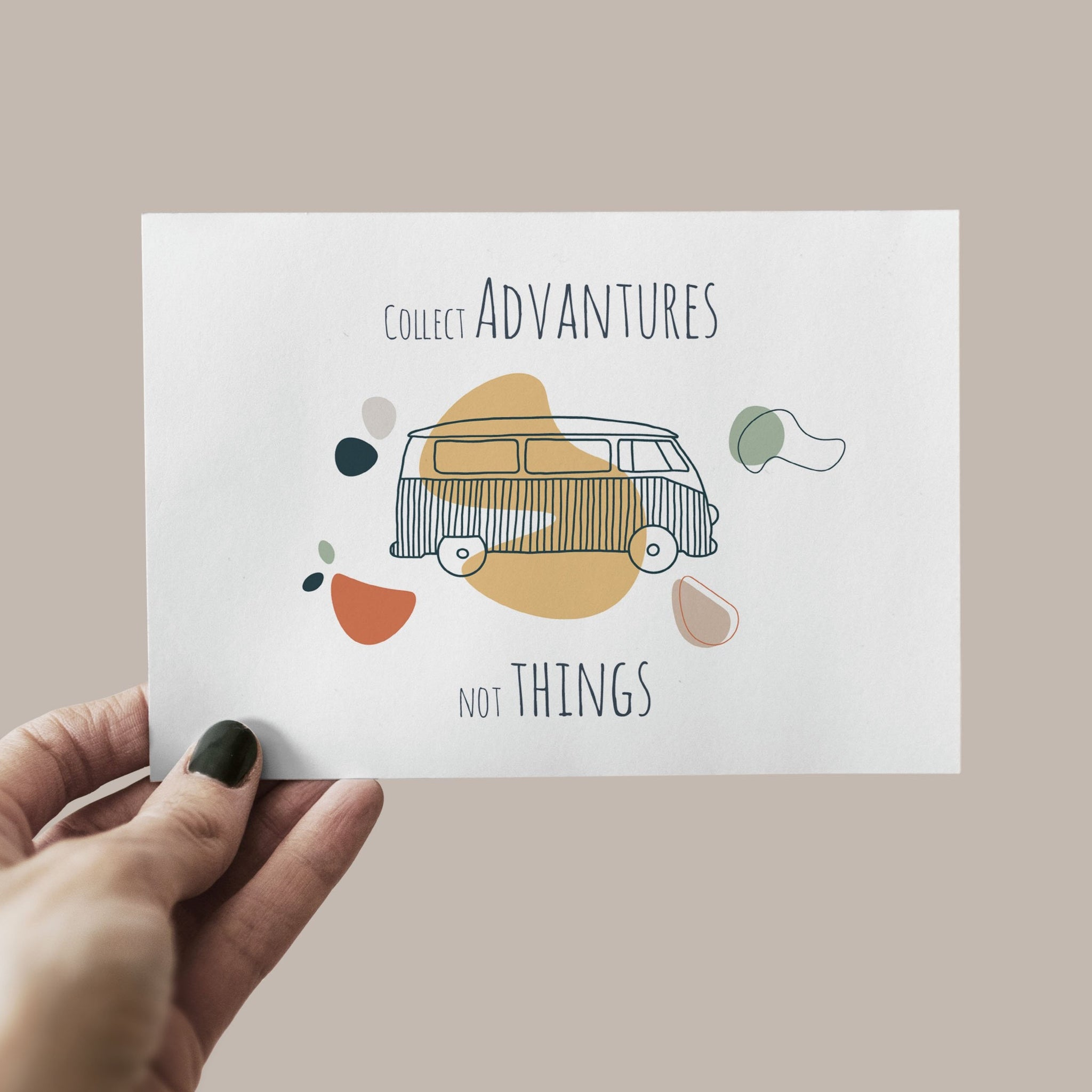 "Postkarte ""Collect adventures not things"""