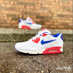 white red and blue Nike Air Max 90 shoe cleaning