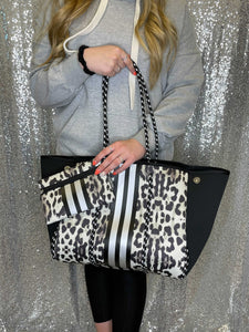 Large Cheetah Neoprene Bag With Pouch