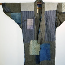 Load image into Gallery viewer, Patchwork Boro Reversible Folk Jacket