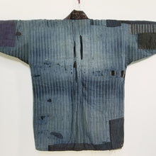 Load image into Gallery viewer, Patchwork Indigo Taisho 1920s Boro Reversible Farmer's Noragi