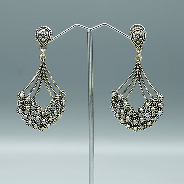 Vintage Earrings G-1-2