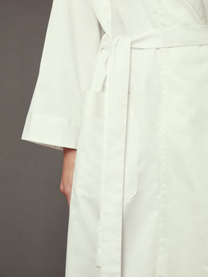 Load image into Gallery viewer, Loren White Robe