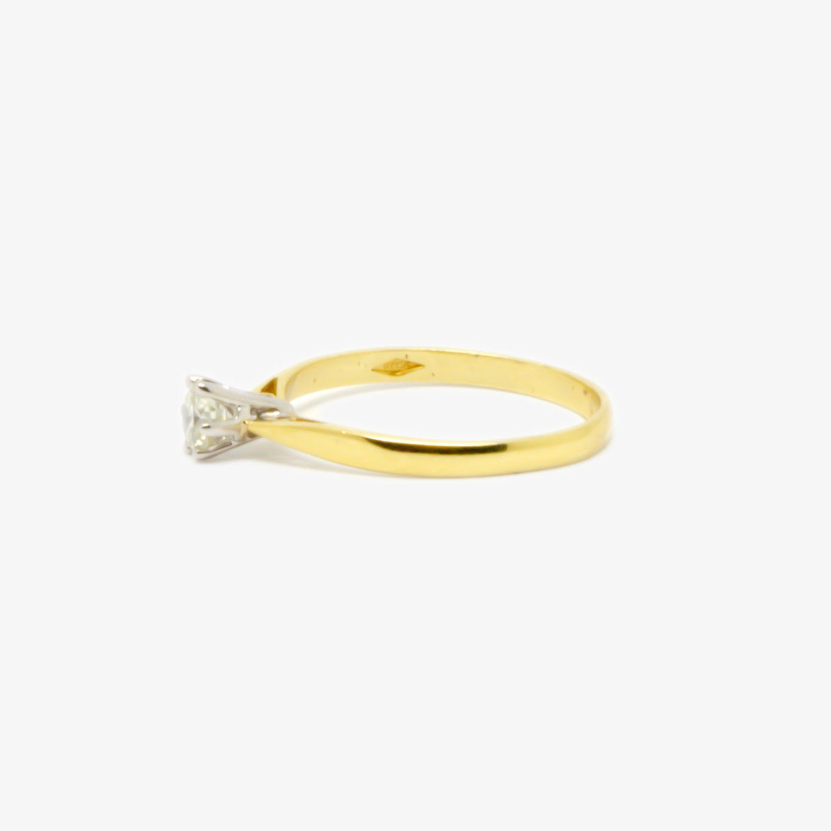 0.28 Carat Diamond Solitaire Ring