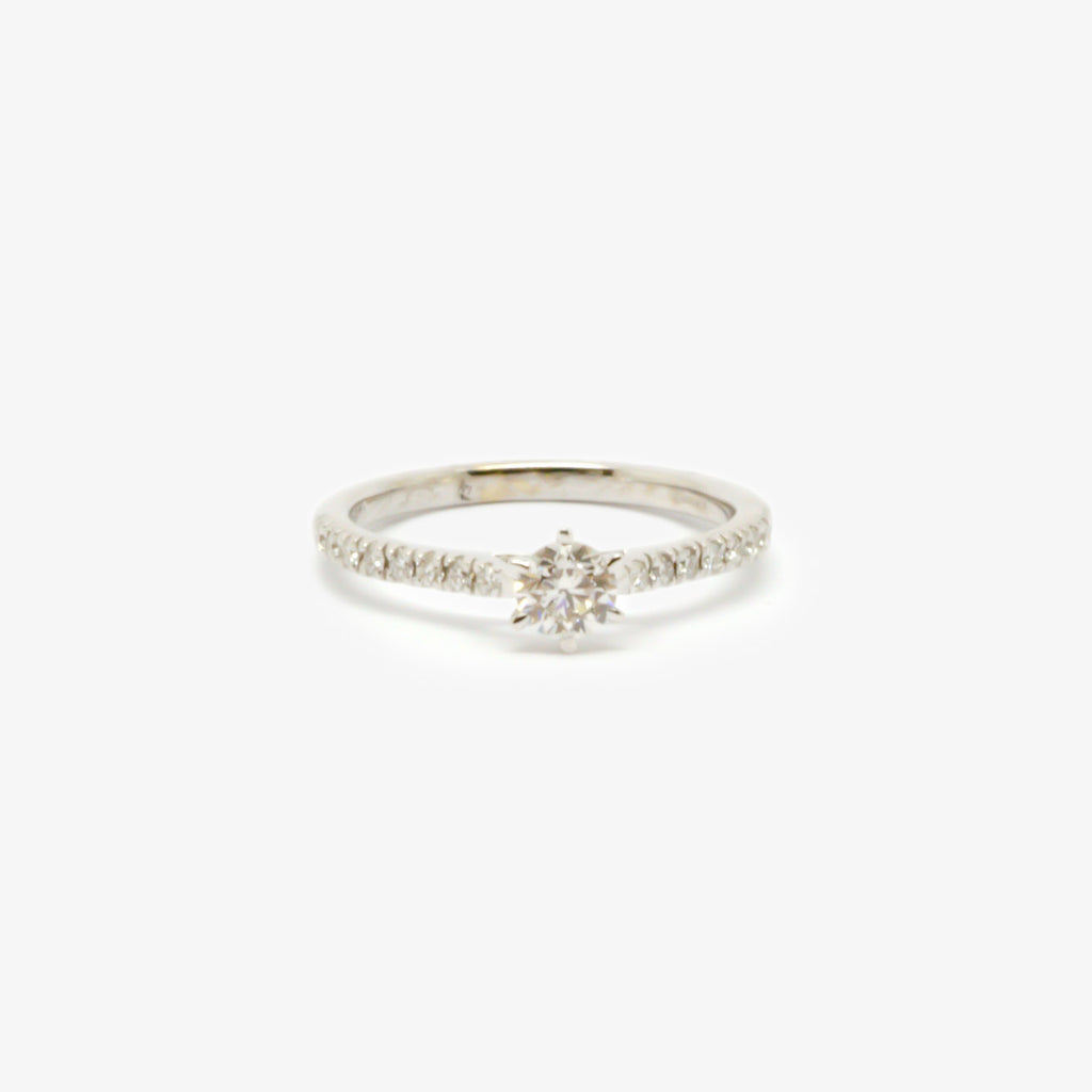 Jordans Jewellers 18ct white gold six claw diamond solitaire with diamond shoulders ring