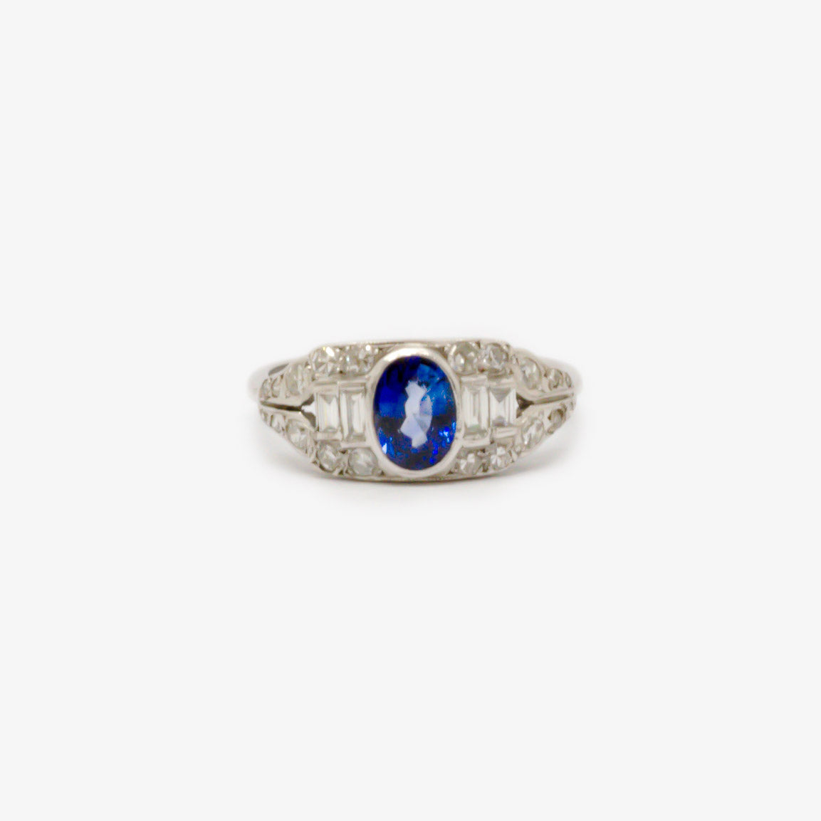 Jordans Jewellers 18ct white gold pre-owned sapphire and diamond ring