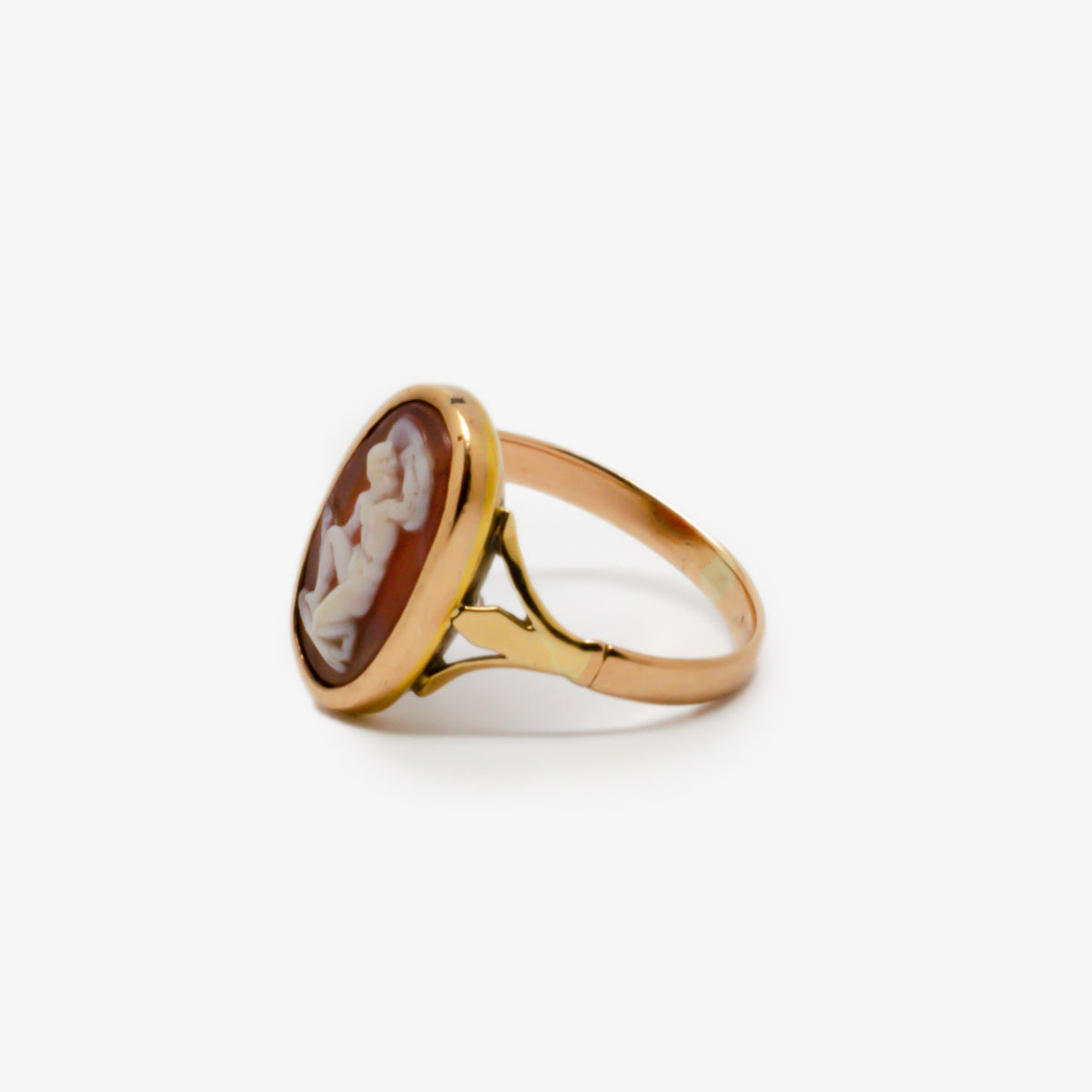 Oval Cameo Gladiator Ring