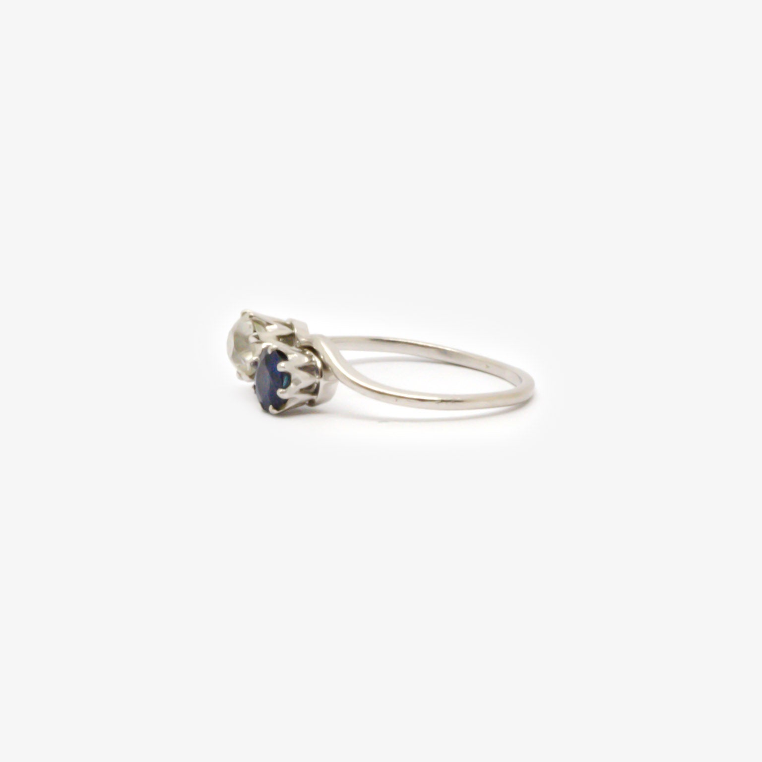 Jordans Jewellers 18ct white gold antique diamond and sapphire crossover ring