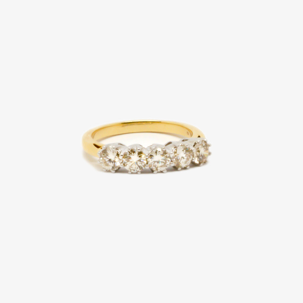 Jordans Jewellers 18ct gold five stone diamond ring