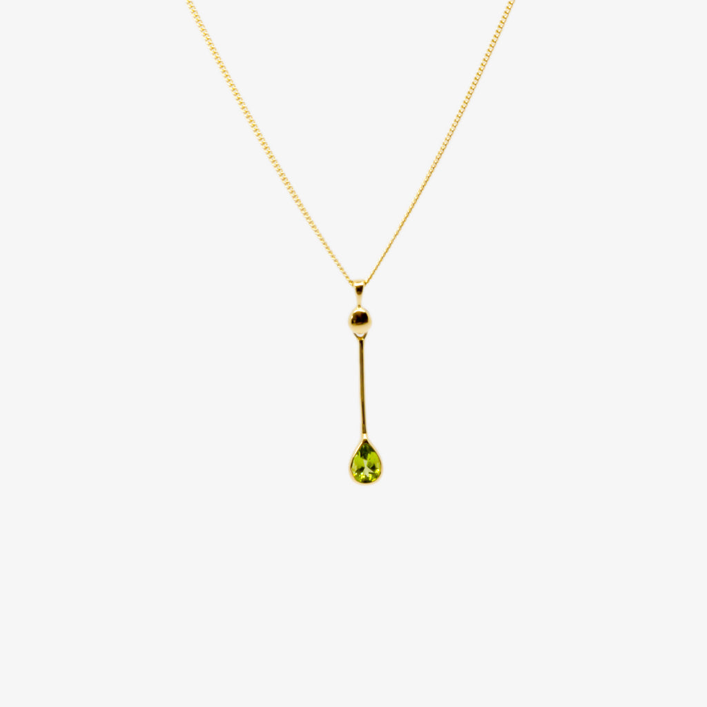 Jordans Jewellers 9ct yellow gold peridot pear rubover pendant necklace