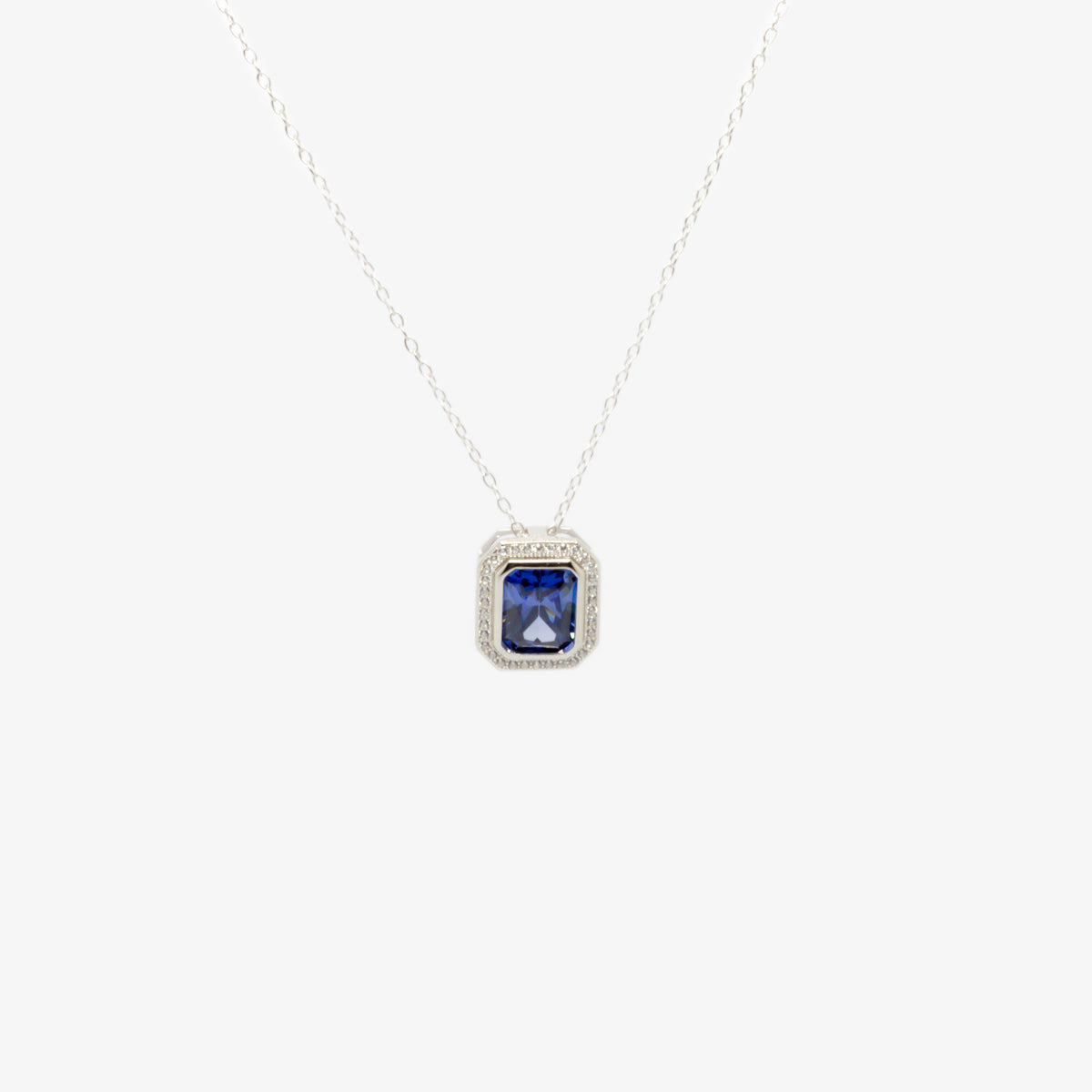 Front view picture of the dark blue cubic zirconia pendant necklace.