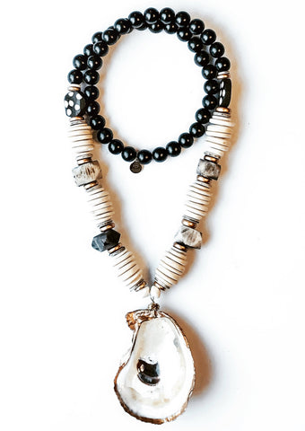 GRACIOUS PARDON OYSTER SHELL NECKLACE