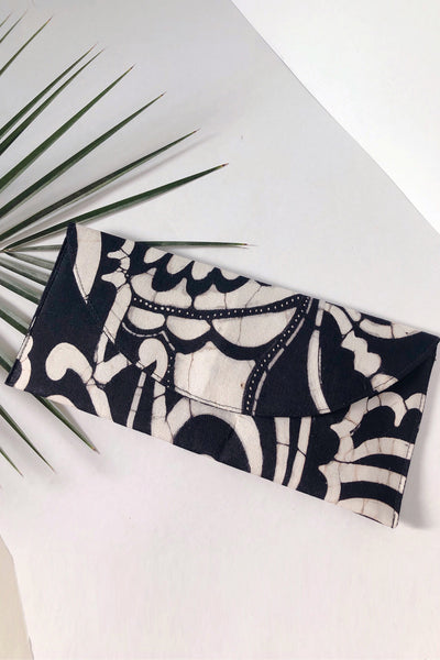 Black & White Envelope Clutch - Braahtii