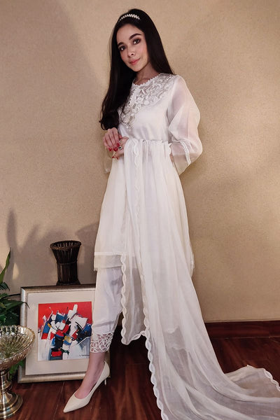 CUTWORK BASIC - WHITE WITH PANTS - Farida Hassan