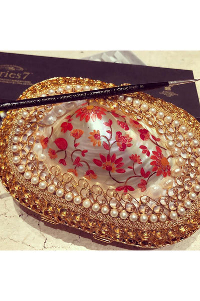 Handpainted small shell clutch. - Meraki