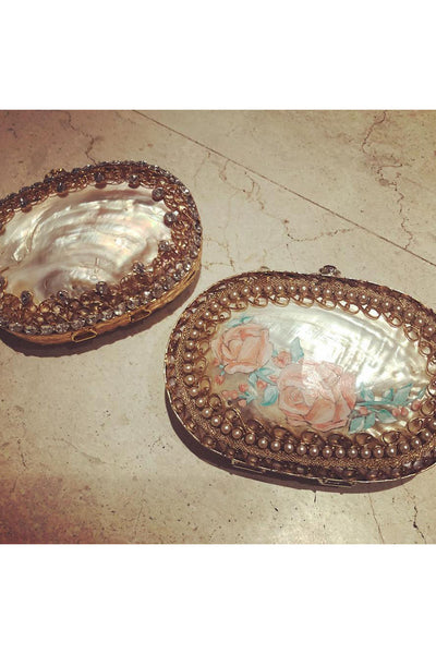 Kundan and filigree clutches. - Meraki
