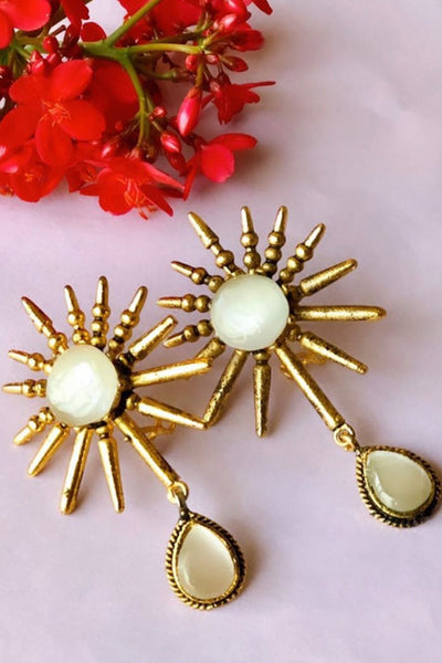 Spike Earrings Pearl - Braahtii