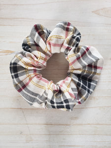 Plaid Scrunchie- Neutral