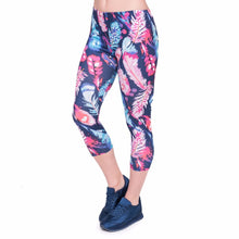 Load image into Gallery viewer, Feathers Color Printing Mid-Calf 3/4 Women Capri Leggings