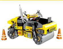 Load image into Gallery viewer, City Engineering Road Roller Building Blocks Construction Toy 288 pcs + 1 doll