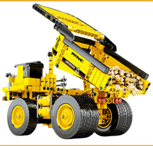 Load image into Gallery viewer, City Engineering Truck Building Blocks Construction Toy 807 pcs + 3 dolls