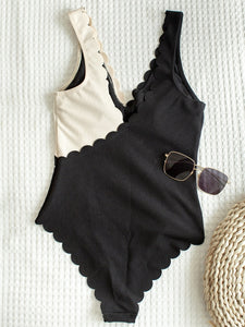 Lace Patchwork One Piece Padded Swimsuit