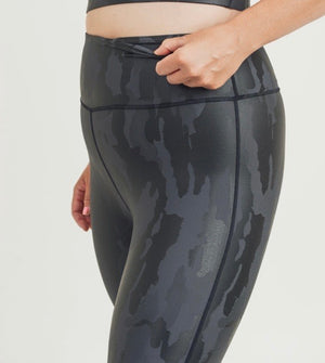 Midnight Foil Camo Legging