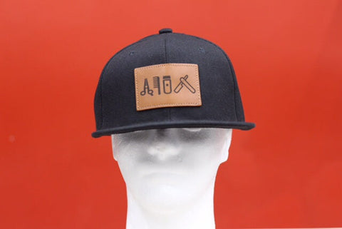 Cut clip shave snapback black & leather patch