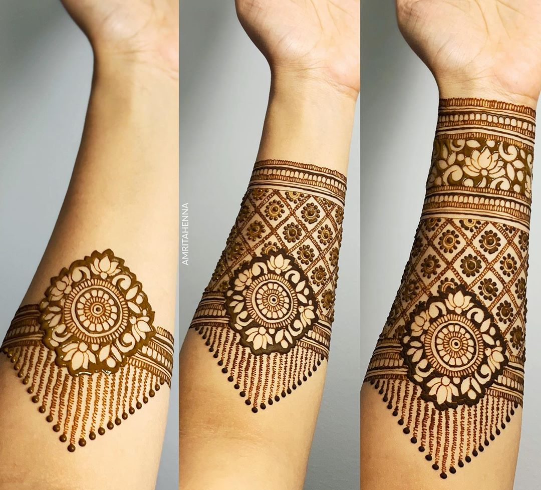 Simple Wrist Mehndi Design