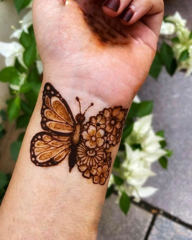 Simple Butterfly Mehndi Design
