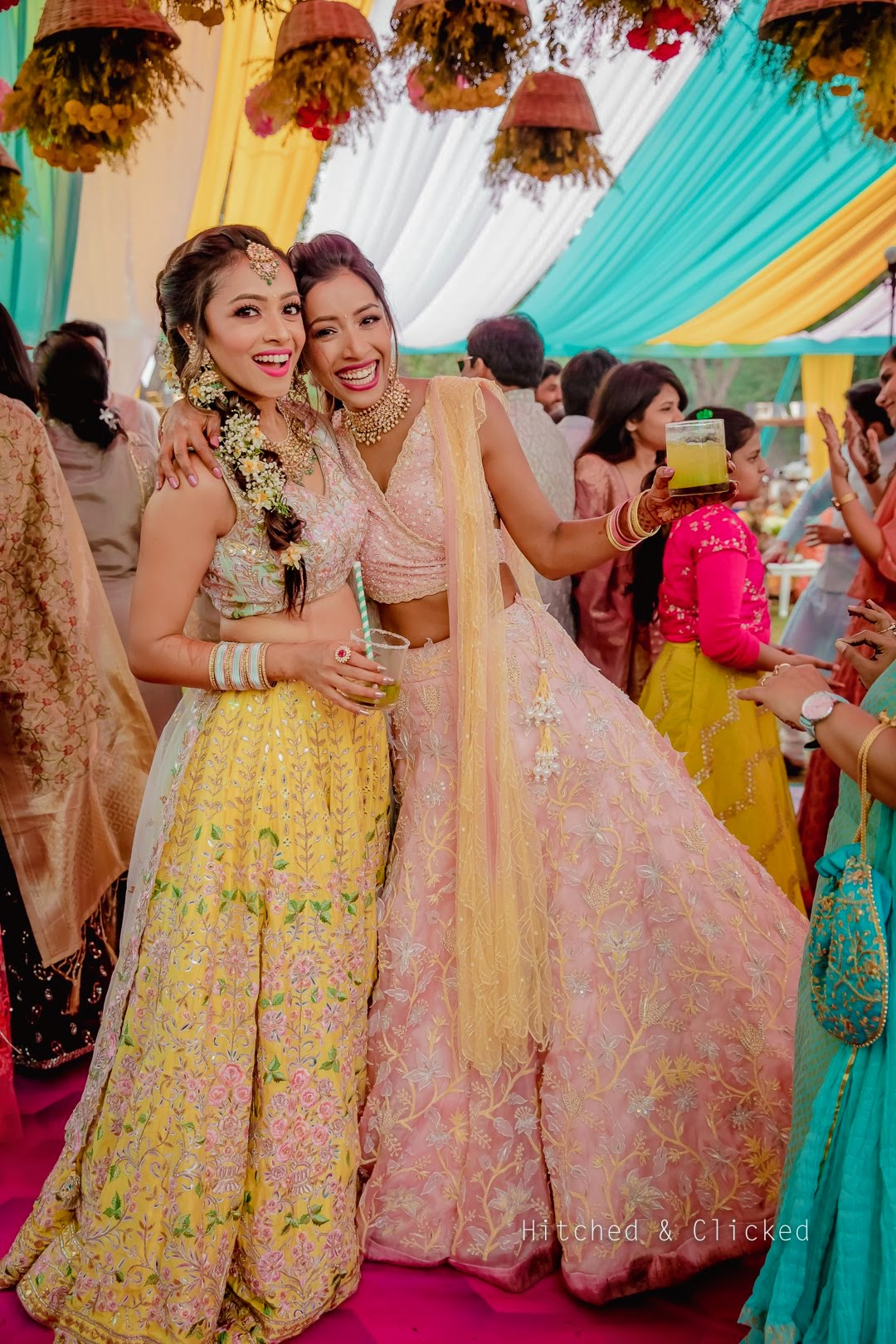 Sister Of The Bride Mehendi Outfit