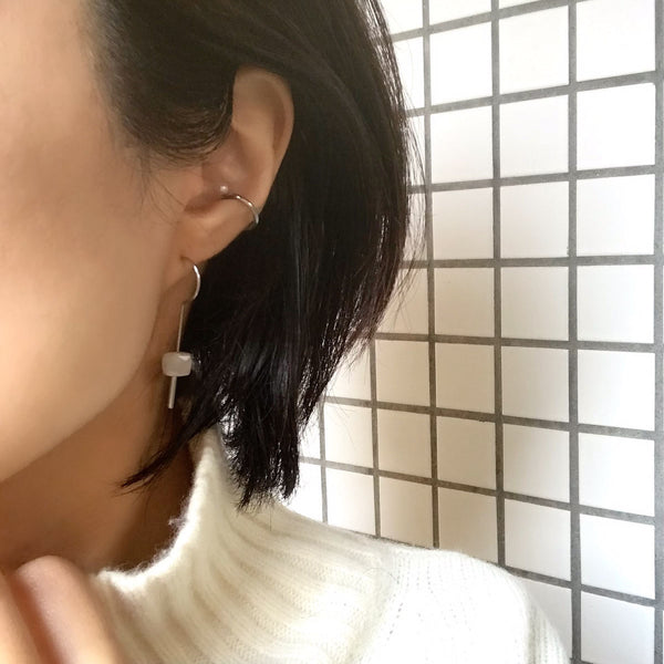 【no.29】ステンレス×ムーンストーンピアス~plus stainless pierced earrings moon stone~