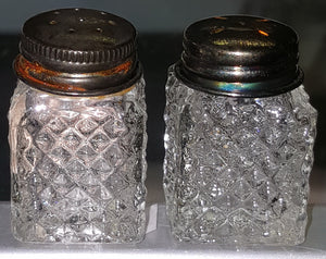 "Vintage 1-1/2"" High Mini Etched Glass Salt and Pepper Shaker Set"
