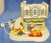 Load image into Gallery viewer, 1994 Danbury Mint Garfield's Christmas Village The Bakery Lighted Ceramic
