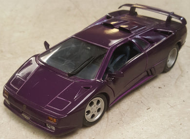 Maisto Lamborghini 1:18 Diecast Car 30th Anniversary Special Edition - Purple