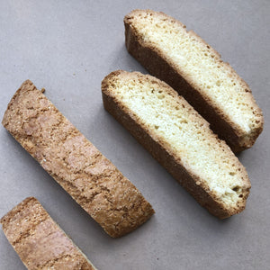 Biscotti, anise (3 cookies)