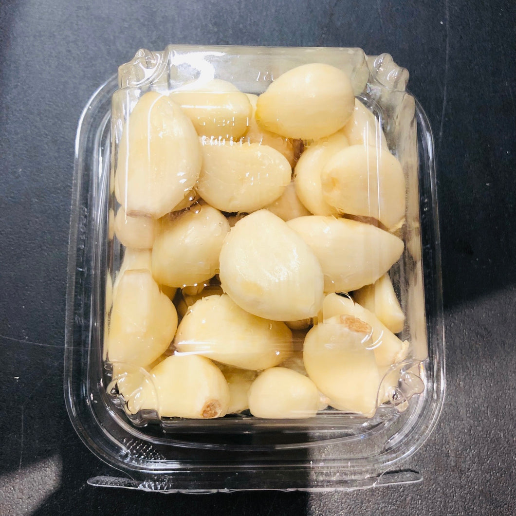 Peeled Garlic, 1 container