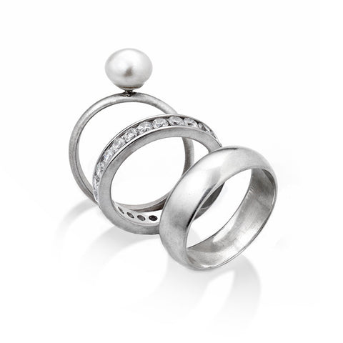 LUXE STACKABLE PEARL RING