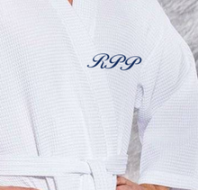 Load image into Gallery viewer, ROBE KIMONO WAFFEL WEAVE / MEN / WOMEN / LUXURY RESORT SPA / BLACK / WHITE / MONOGRAMS