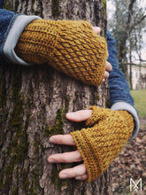 Load image into Gallery viewer, KAARNA | PDF pattern | Fingerless gloves