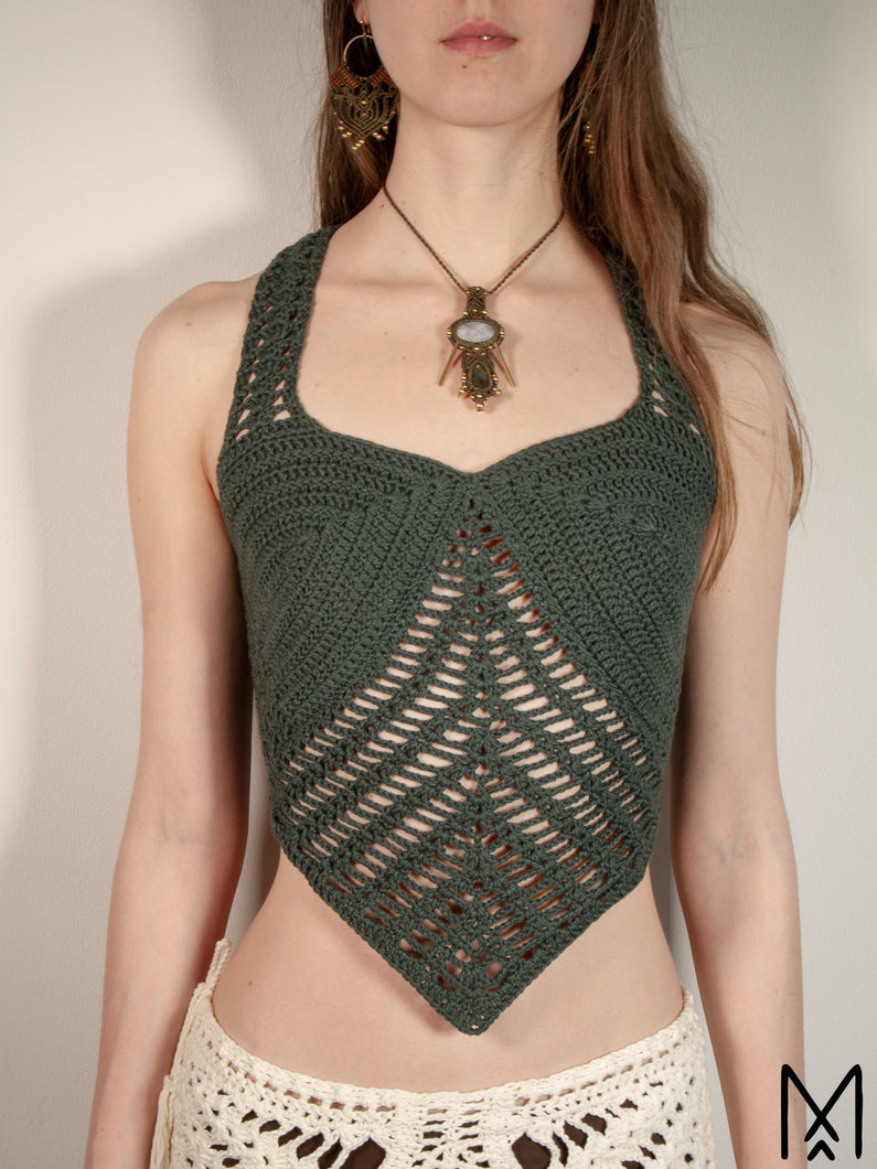 FAERIE | Organic crochet top with V-shaped hem | S/36