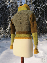Load image into Gallery viewer, NUPPU | PDF pattern | Cowl neck cropped sweater with flower bud details