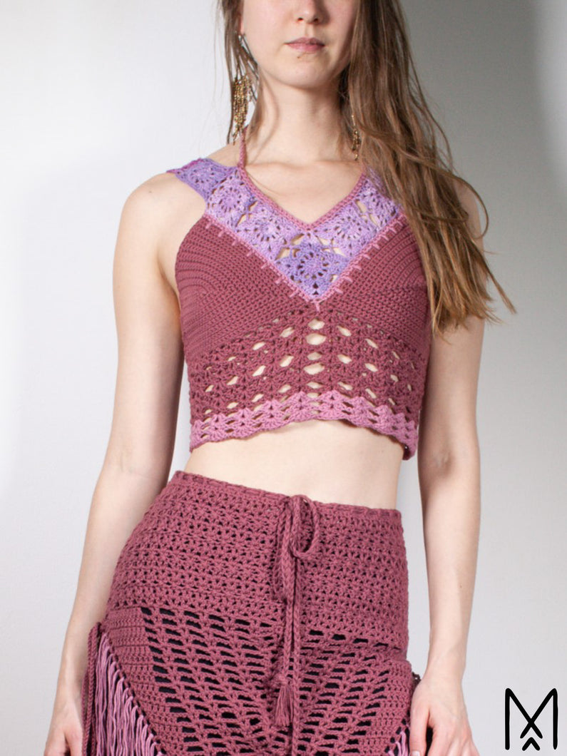 BLOSSOM | Crochet crop top in rasberry red | XS-M